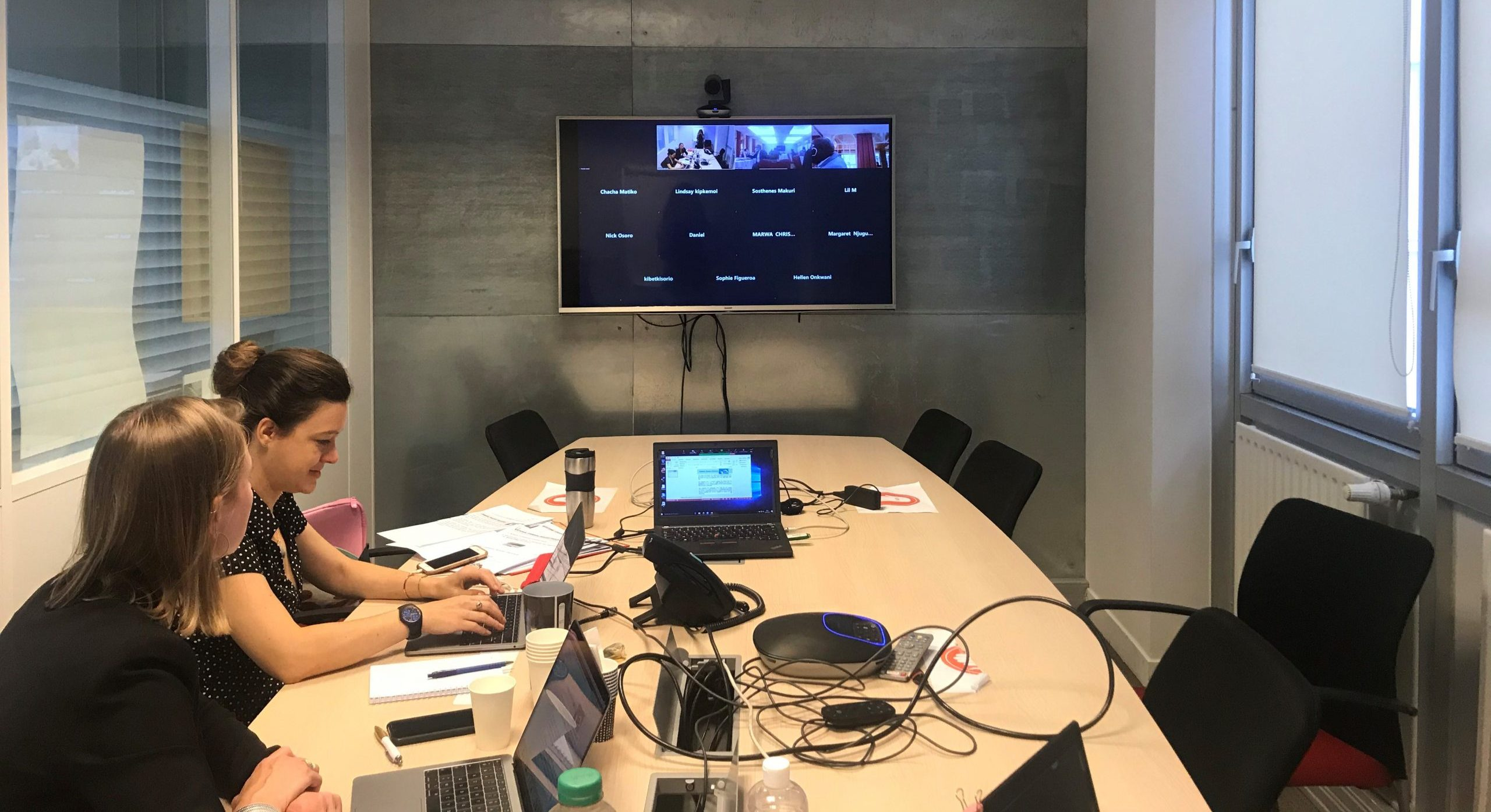MEDISAFE experts conducting a webinar from Paris, Expertise France